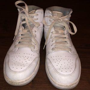 White Nike Air Force 1's (NO STRAPS)